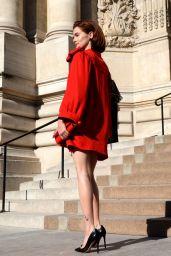 Zoey Deutch - Outside the Armani Show in Paris 07/02/2019
