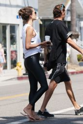 Alessandra Ambrosio Street Style - Out in Venice Beach 08/12/2019