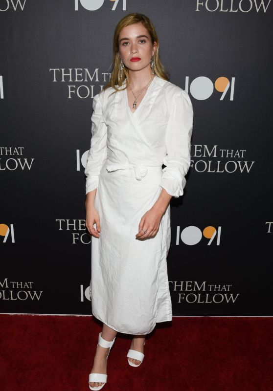 "Alice Englert – ""Them That Follow"" Premiere in Los Angeles"