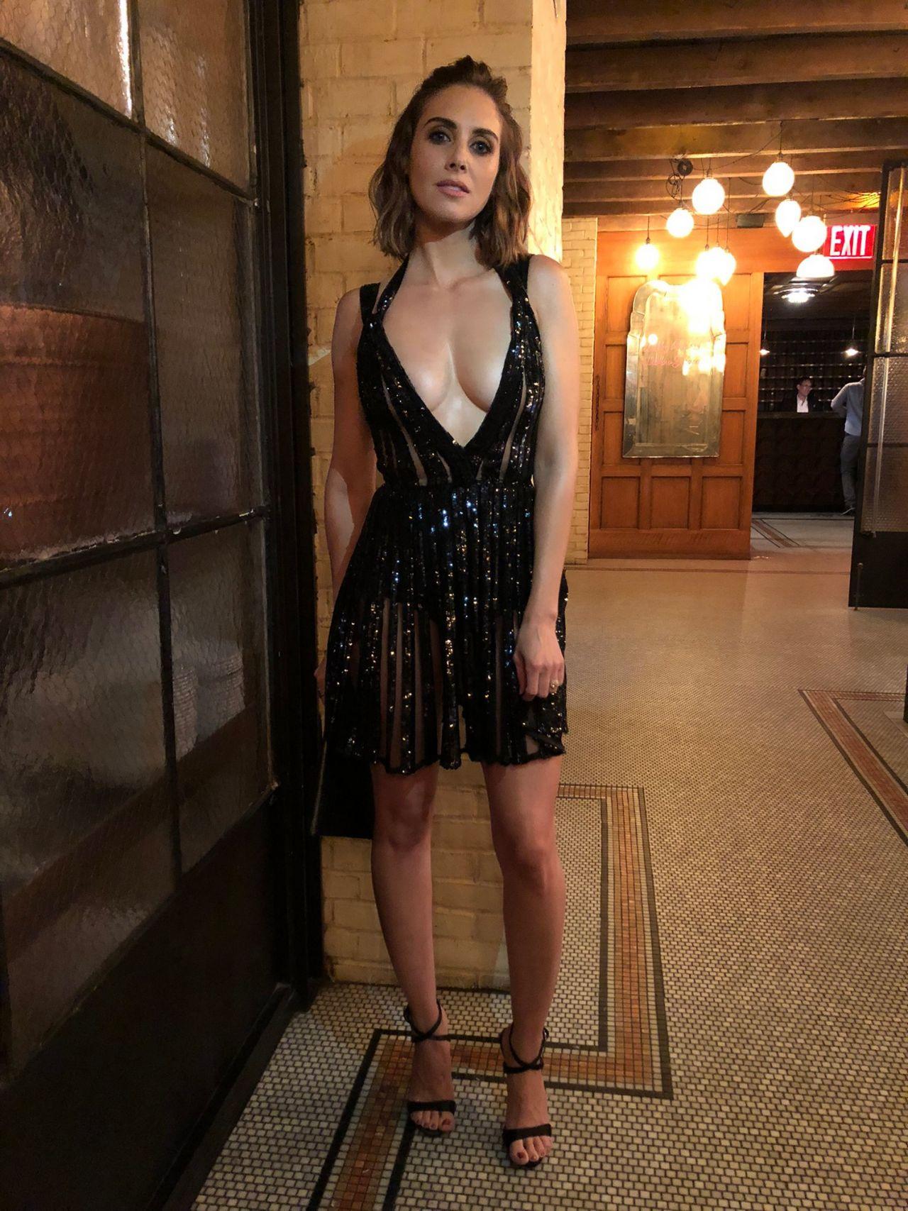 Alison Brie Vogue Vma 2019 Photo Diary