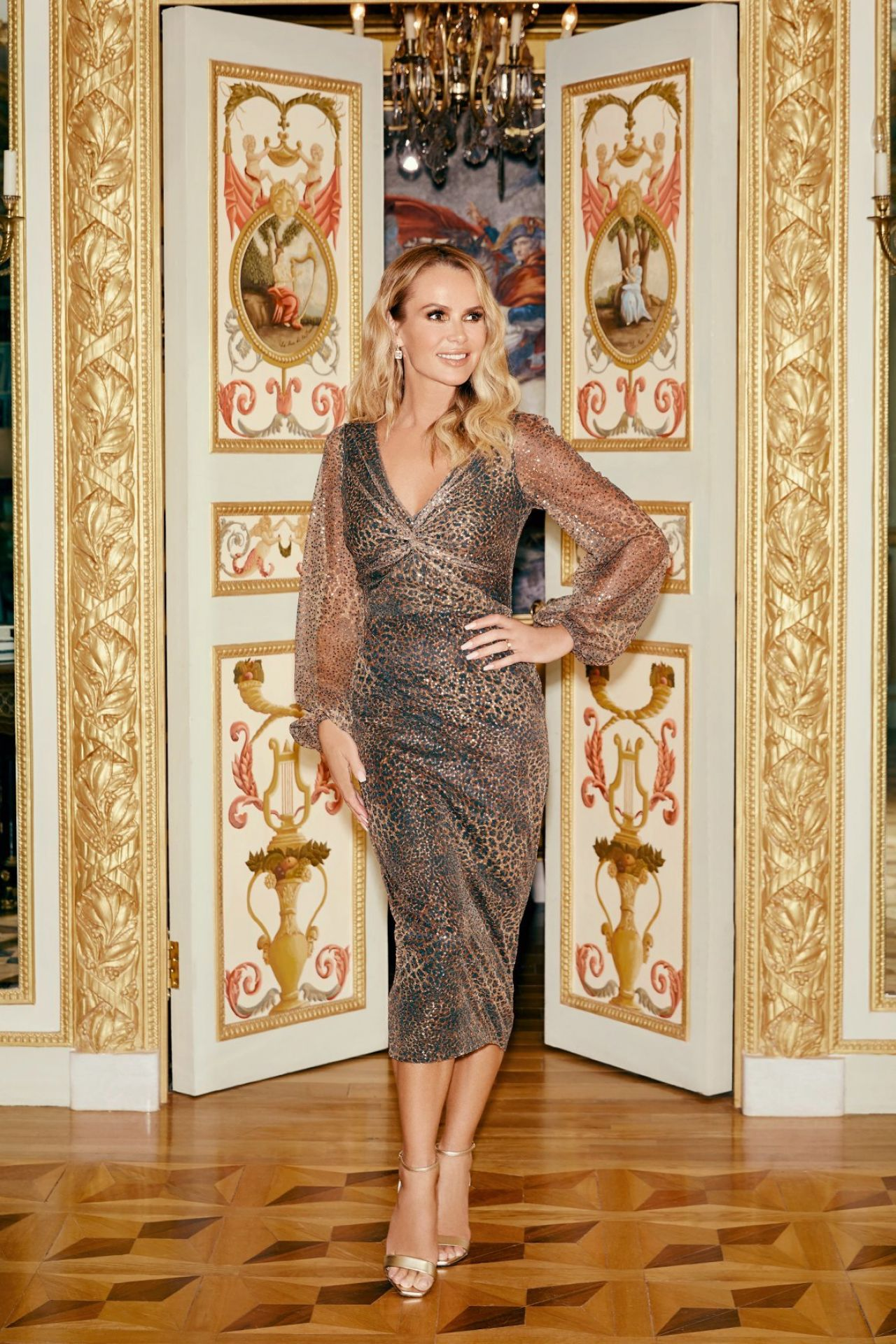 Amanda Holden Fenn Wright Manson Clothing Photoshoot 2019
