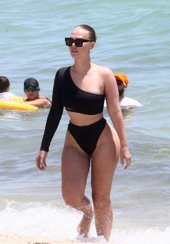 Bianca Elouise in a Bikini - Miami 08/15/2019