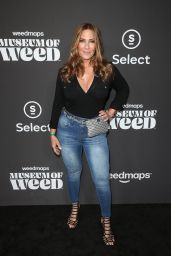 Christine Sclafani – Weedmaps Museum of Weed Exclusive Preview Celebration in Hollywood 08/01/2019