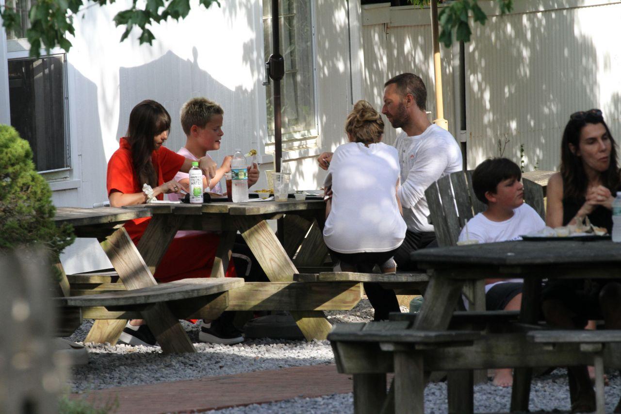 Dakota Johnson and Chris Martin - Having Lunch in The ...