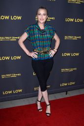 """Elaine Hendrix – """"Low Low' Premiere in Hollywood"""