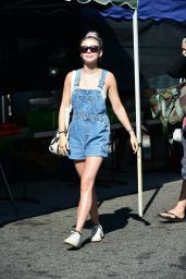Genevieve Hannelius - Shopping at the Farmers Market in Studio City 08/11/2019