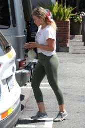 Hilary Duff in Tights 08/21/2019