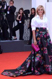 "Isabella Ferrari on Red Carpet – ""La Vérité"" Screening in Venice"