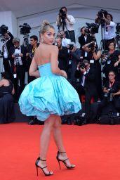 "Jasmine Sanders on Red Carpet – ""La Vérité"" Screening in Venice"