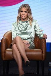"""Jennie Garth - FX Networks """"BH90210"""" TV Show Panel at the TCA Summer Press Tour in Los Angeles 08/07/2019"""