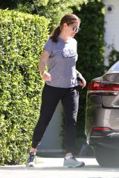 Jennifer Garner in Casual Outfit - Los Angeles 08/25/2019