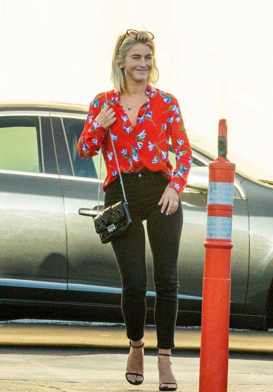 Julianne Hough Casual Style - Out in LA 08/15/2019