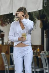Kate Hudson - Out in Brentwood 08/12/2019
