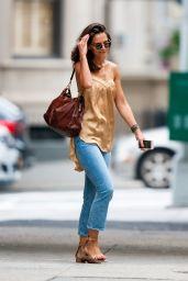 Katie Holmes Street Style 08/17/2019