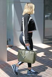 Khloe Kardashian - Hits the Gym in Los Angeles 08/06/2019