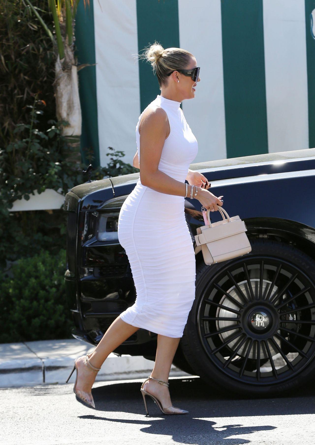 Khloe Kardashian Style Beverly Hills 08 25 2019