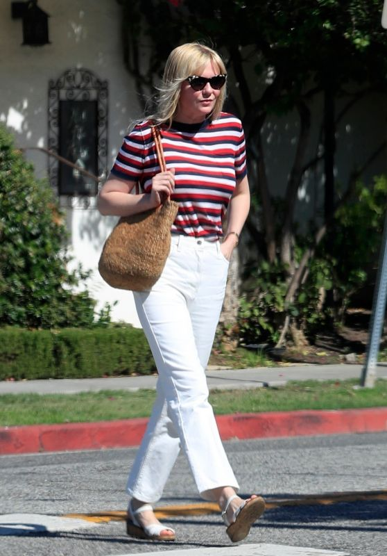 Kirsten Dunst - Leaves the Hair Salon in West Hollywood 08/27/2019
