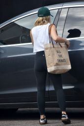 Kristen Bell in Leggings - Leaving a Gym in Los Feliz 08/23/2019