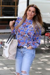 Louise Redknapp - Arrives at BUILD TV in London 07/29/2019