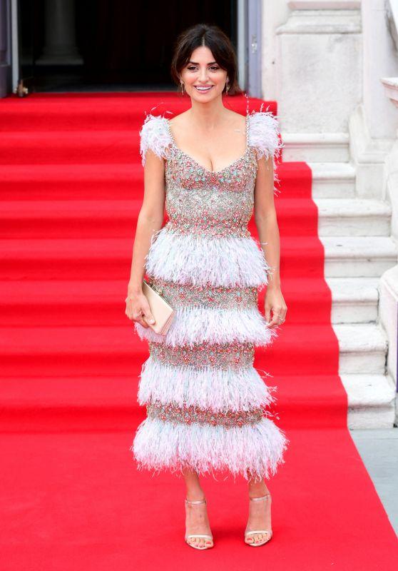 "Penelope Cruz - ""Pain and Glory"" Premiere in London"