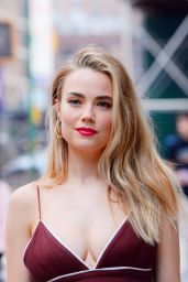 Rebecca Rittenhouse Style - NY 07/29/2019