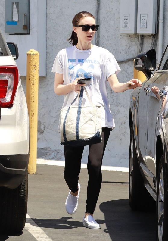 Rooney Mara - Out in LA 08/04/2019