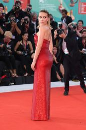 "Scarlett Johansson on Red Carpet - ""Marriage Story"" Screening at the 76th Venice Film Festival"