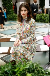 Alexandra Daddario – Tory Burch Fashion Show in NYC 09/08/2019