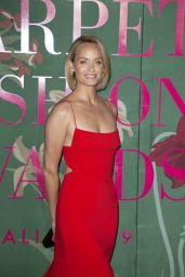 Amber Valletta – Green Carpet Fashion Awards 2019
