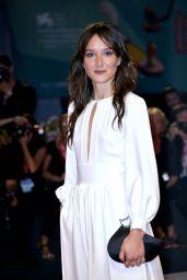 "Anais Demoustier - ""Gloria Mundi"" Premiere at Venice Film Festival"