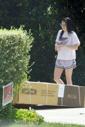 Ariel Winter - Outside Her House in LA 09/11/2019