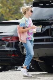 Ava Phillippe and Reese Witherspoon - SunLife Organics in Malibu 09/22/2019