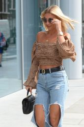 Billie Faiers – Leaving the ITV Offices in London 09/05/2019