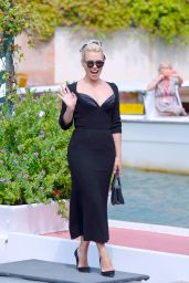 Billie Piper – Arriving at the 76th Venice Film Festival