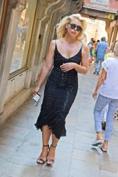 Billie Piper is Stylish - Venice, Italy 08/29/2019