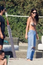 Camila Morrone, April Love Geary, Leonardo DiCaprio and Lukas Haas Play Volleyball on the Beach in Malibu 09/01/2019