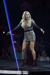 Carrie Underwood - Performs at the Pepsi Center in Denver 09/16/2019