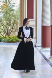 Demi Moore - Harper