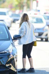 Elizabeth Olsen in Leggings 09/04/2019
