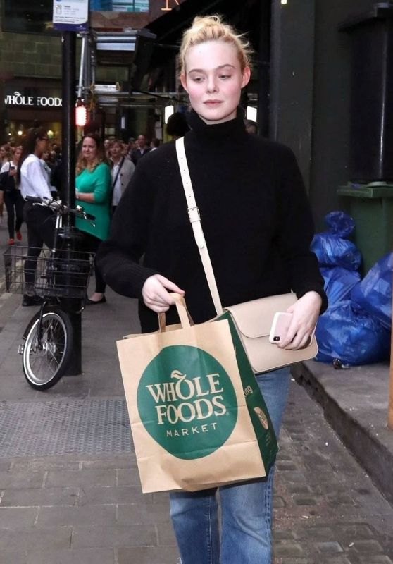 Elle Fanning - Out in London 09/11/2019
