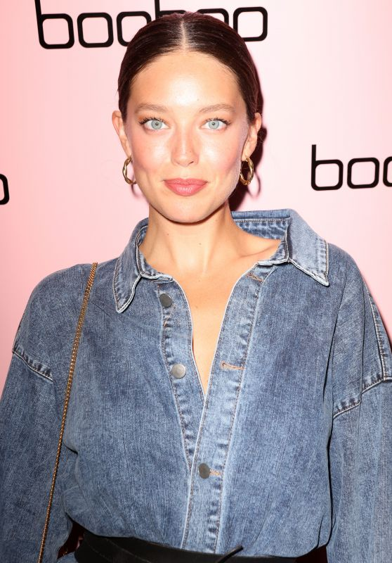 Emily DiDonato - Boohoo Mansion NYFW Party in NYC 09/12/2019