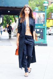 Emily Ratajkowski Chic Style 09/05/2019