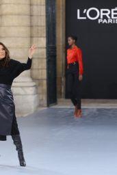 Eva Longoria – Le Defile L'Oreal Paris Show in Paris 09/28/2019
