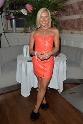 Gabby Allen – Pretty Little Thing X Molly-Mae Party in Manchester 09/01/2019