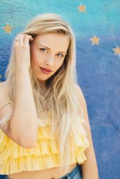 Gracie Dzienny - Photoshoot 2019
