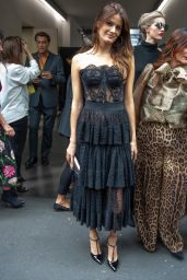 Isabeli Fontana – MFW-Dolce & Gabbana Show at Milan Fashion Week 09/22/2019