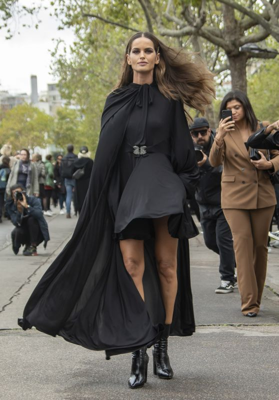 Izabel Goulart – Valentino Fashion Show in Paris 09/29/2019
