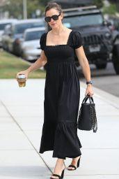 Jennifer Garner in Smock Dress & 4-Inch Sandals 09/15/2019