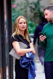 Jennifer Lawrence - Out in NYC 09/16/2019