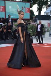"""Jessica Goicoechea – """"An Officer and a Spy"""" Premiere at the 76th Venice Film Festival"""